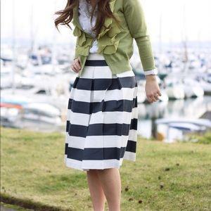"Ann Taylor ""loft"" poplin skirt"